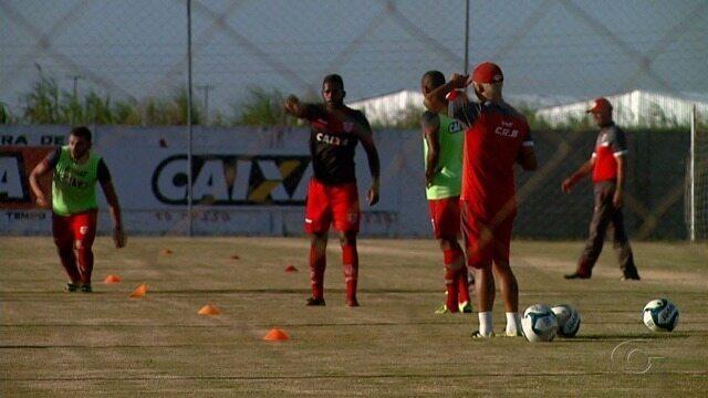 CRB foca em treino para jogo contra o Confiança em Aracajú