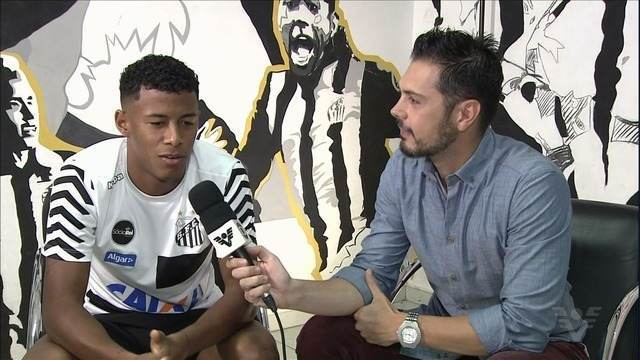 Arthur Gomes fala de briga por vaga com Rodrygo