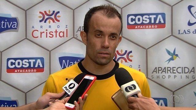 Rafael Cruz pede atenção à Aparecidense contra o Vila Nova