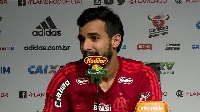 Comentaristas analisam desempenho de Henrique Dourado com a camisa do Flamengo