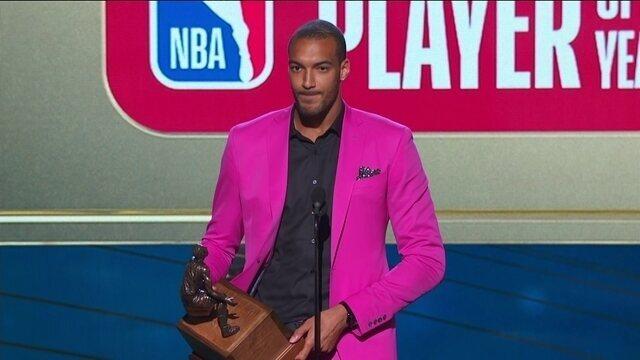 Rudy Gobert, do Utah Jazz, é eleito o melhor defensor da temporada da NBA