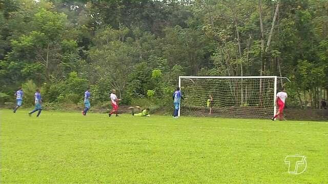 32 equipes dão início ao 16º Campeonato de Futebol da Região do Eixo Forte
