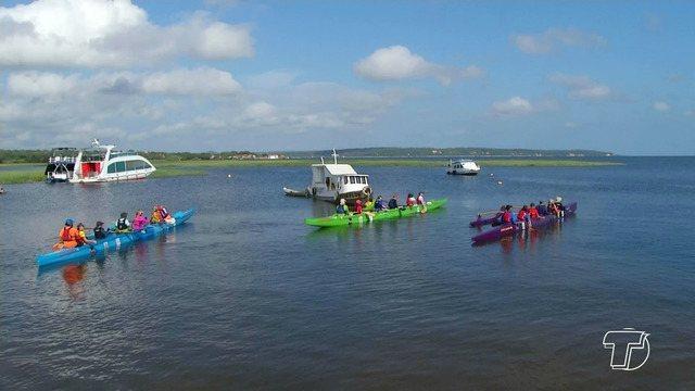 Expedição Tapajós leva canoístas de Santarém pelo rio rumo a Fordlândia, no Pará