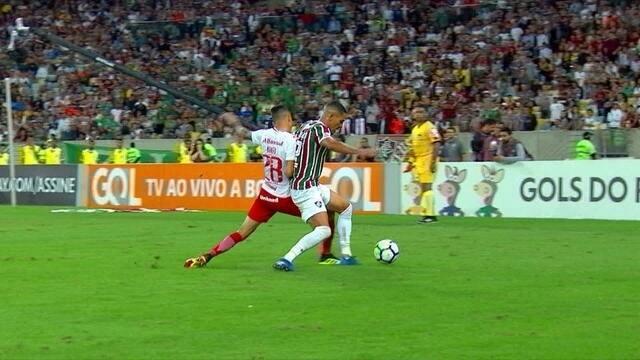 Melhores momentos: Fluminense 0 x 3 Internacional pela 18ª rodada do Brasileirão