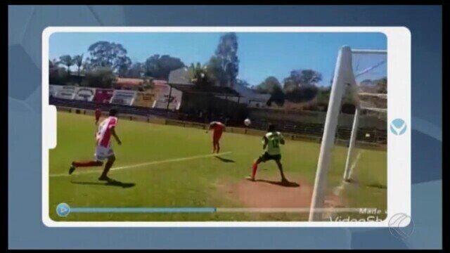 """Yerkis marca quatro gols no Amador de Oliveira e pede música no """"Tô na Integração"""""""