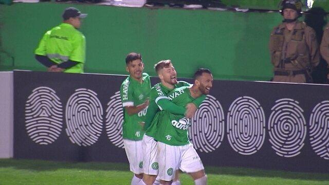 Os gols de Chapecoense 2 x 1 Internacional pela 25ª rodada do Brasileirão 2018