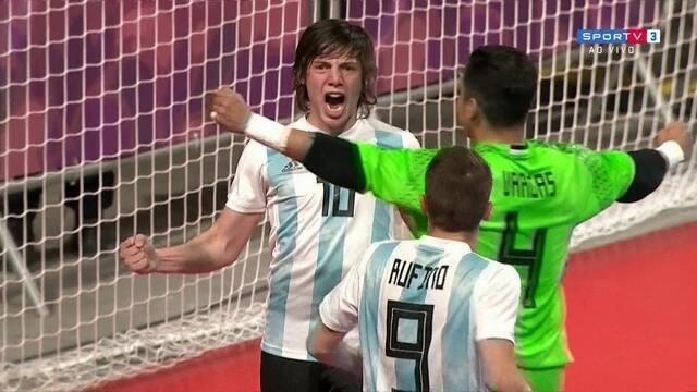 Gol da Argentina! Raggiati bate tiro livre com precisão e desconta
