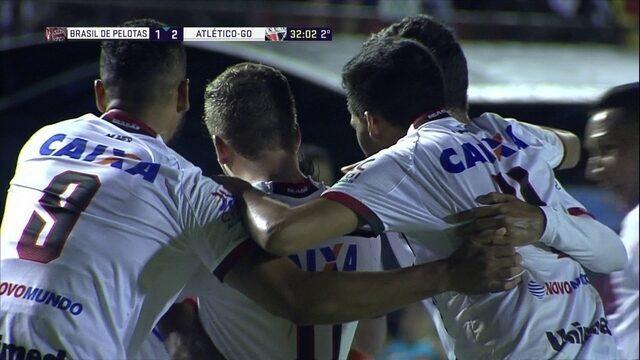 Os gols de Brasil de Pelotas 1 x 2 Atlético-GO pela 32ª rodada da Série B