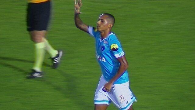 Gol do Paysandu! Renato Augusto arrisca de longe, e empata o jogo, aos 10' do 2º tempo