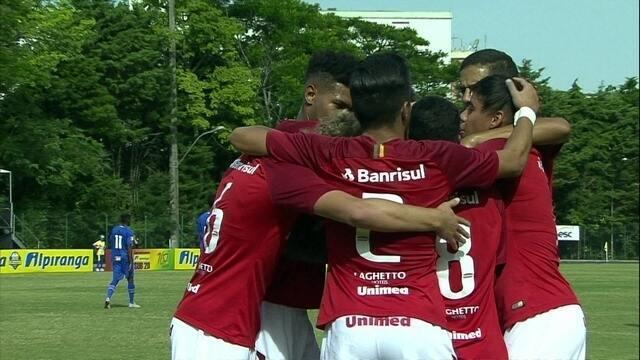 O gol de Internacional 1 x 0 Cruzeiro pelas quartas da Copa RS de Futebol Sub-20