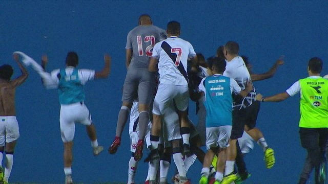 Os gols Corinthians 2(3x4)2 Vasco pela semifinal da Copa SP de Futebol Júnior