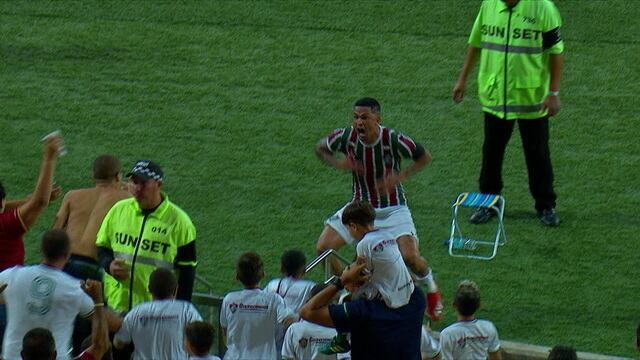 O gol de Flamengo 0 x 1 Fluminense pela semifinal da Taça Guanabara