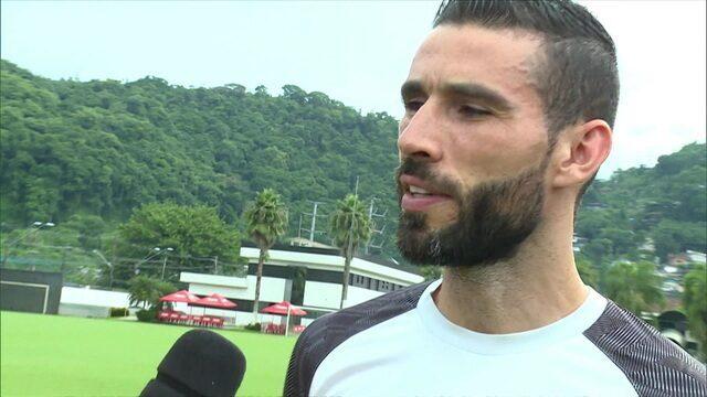 Vanderlei revela que nunca cogitou ser outra coisa que não jogador de futebol e pede para custa baratinho no Cartola