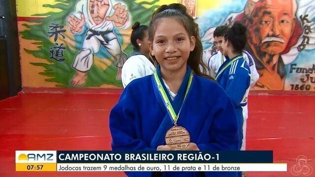 Judocas trazem 9 medalhas de ouro, 11 de prata e 11 de bronze pelo campeonato de Judô