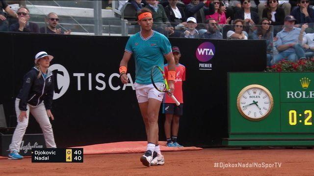 Djokovic tenta acelerar e Nadal vai no contrapé na paralela para conseguir o break point
