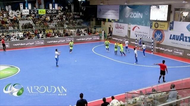 Cafu e Falcão dão show em jogo de futsal durante o Ramadã no Kuwait; vídeo