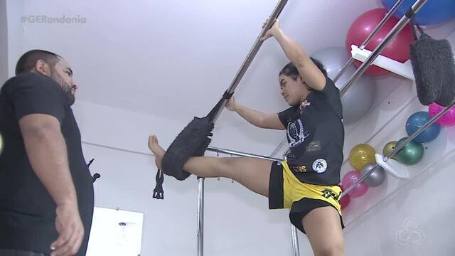 Lutadora de Muay Thai de Rondônia ganha luta no MT
