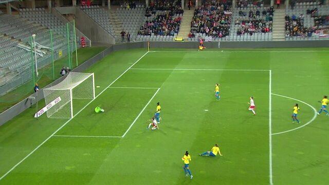Bárbara pega! Polônia chega com perigo, mas goleira evita gol, aos 7 do 1º tempo