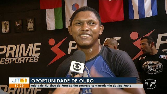 Lutador de Jiu-jitsu, de Itaituba, fecha contrato com academia de São Paulo
