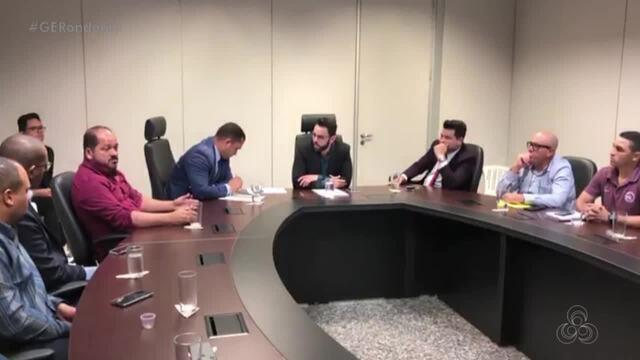 Dirigentes dos clubes da capital se reúnem na Casa Civil
