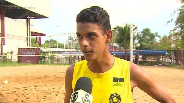 Equipe de vôlei de praia da Escola Carmela Dutra conquista vaga para os Jogos da Juventude