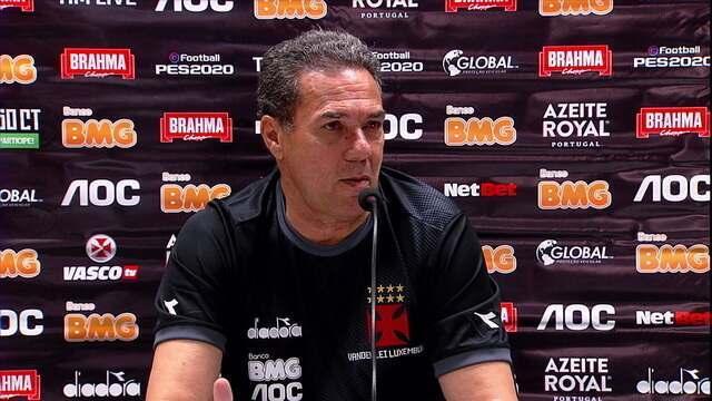Luxemburgo revela o que fez para segurar o Flamengo. Comentaristas analisam duelo tático em campo