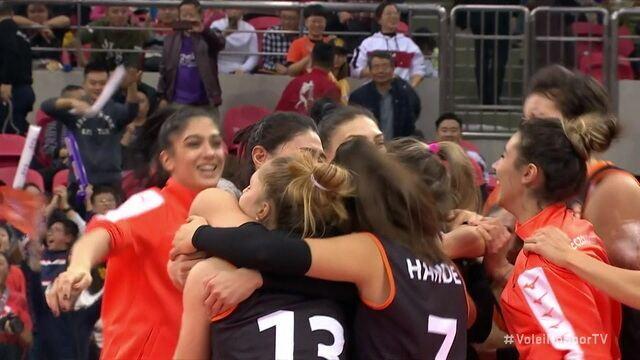 Pontos finais de Novara 2 x 3 Eczacibasi pelo Mundial de Clubes de vôlei feminino