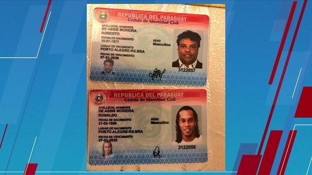 Ronaldinho Gaúcho e Assis são acusados de entrar com documentos falsos no Paraguai