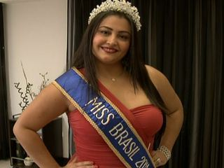 Barbara Monteiro, Miss Plus Size Brazil 2012 (photo: G1)