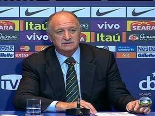 Felipão anuncia a lista sem Kaká e Ronaldinho; Bernard é a surpresa