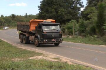 Carreta arrastou criança por cerca de 30 km em Dias D´Ávila, diz morador