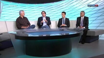 http://globotv.globo.com/sportv/arena-sportv/t/edicoes/v/presidente-do-coritiba-e-roberto-moreno-defendem-a-importancia-de-investidores-no-futebol/3661951/
