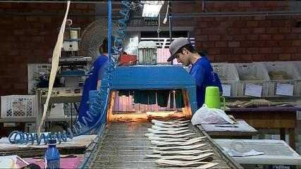 Crise no setor calçadista do RS gera demissões em pequenas fábricas