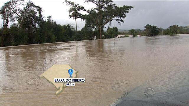 Após chuva, cidades enviam decreto de emergência à Defesa Civil do RS
