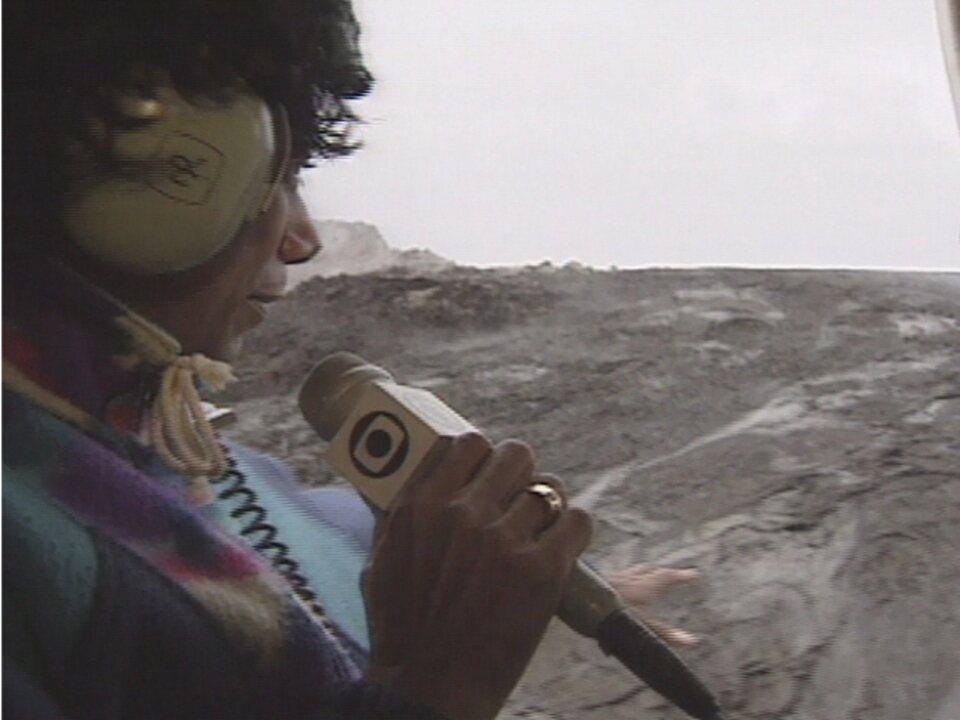 Glória Maria explora cratera do vulcão mais perigoso do mundo - Fantástico - O Show da Vida - Vídeos - Catálogo de Vídeos