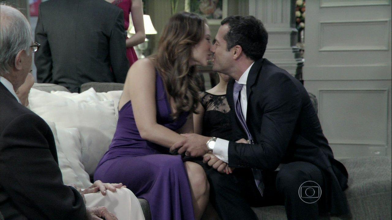 Paloma e bruno decidem renovar os votos de casamento for Renovar votos de casamento