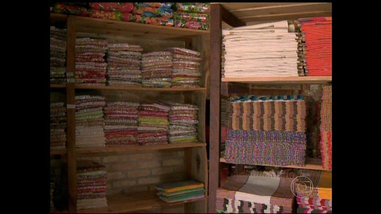Aparador Franco Furniture ~ Artesanato téxtil movimenta economia de Resende Costa, em Minas G1 Minas Gerais Vídeos