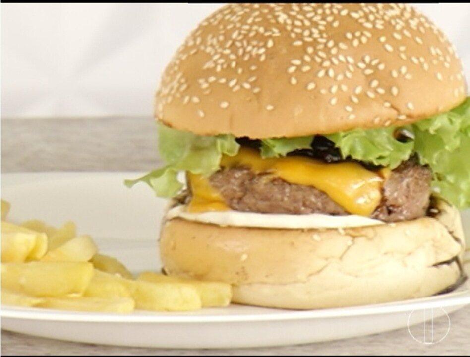 Artesanato Em Couro Fortaleza ~ Quadro Segredos& Sabores ensina uma receita de hambúrguer artesanal G1 Grande Minas MG