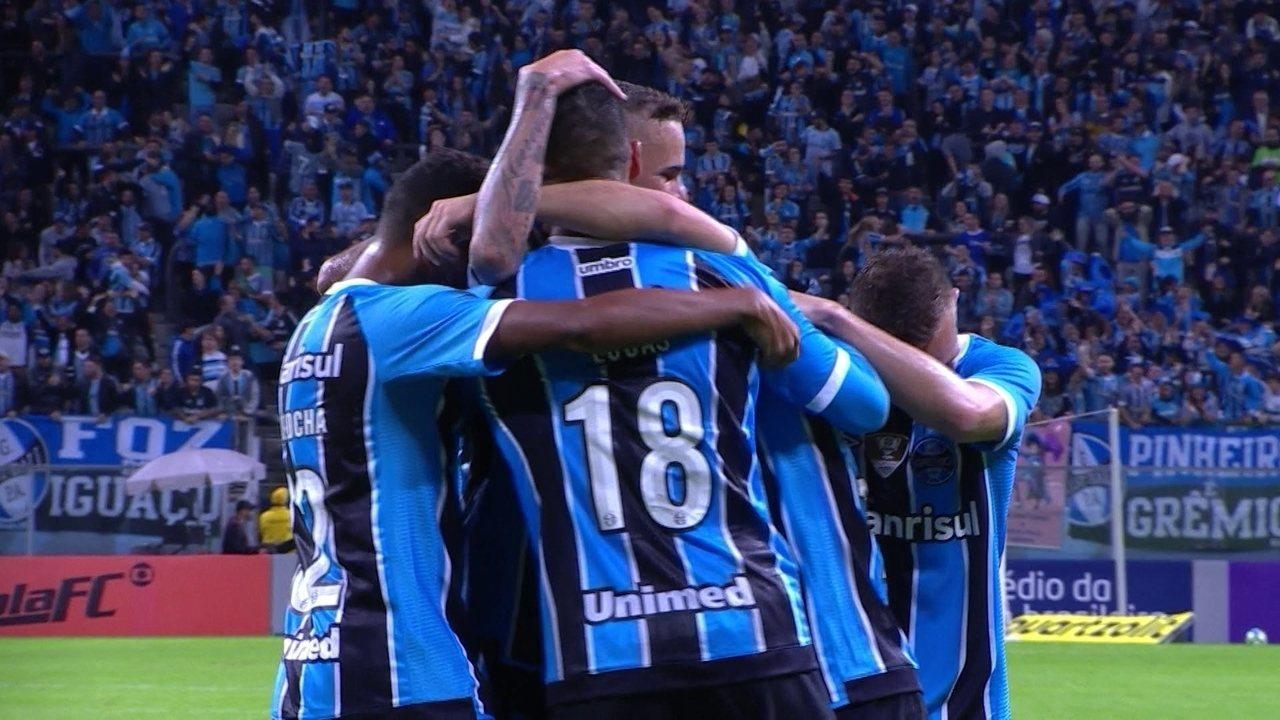 Grêmio e Palmeiras vencem e largam na frente