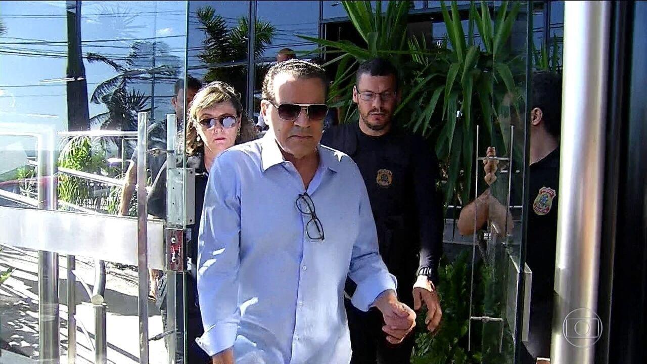Resultado de imagem para Ex-ministro Henrique Alves é levado para a Academia de Polícia, onde ficará preso em Natal