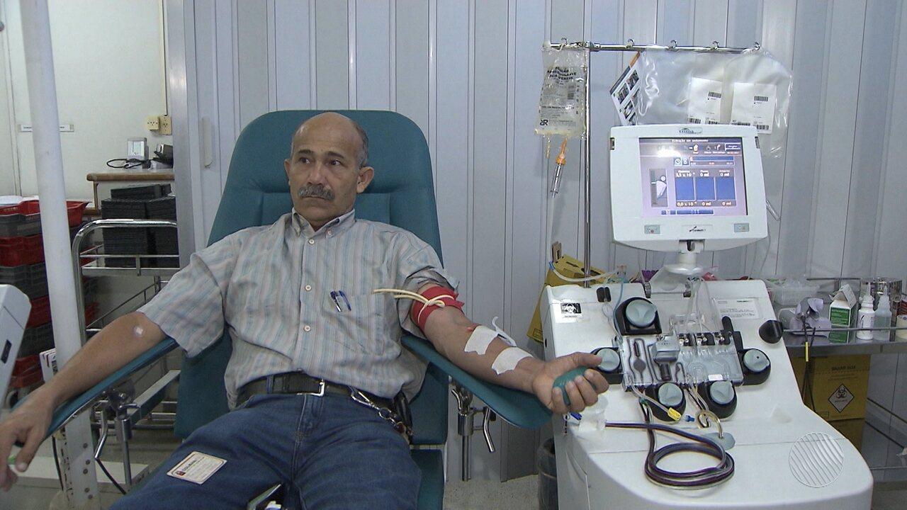 Cristo Redentor fica vermelho no Dia Mundial do Doador de Sangue