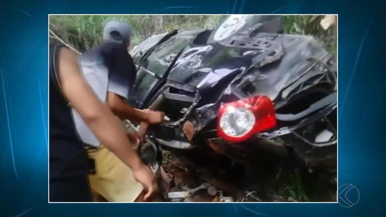 Carro com família cai de viaduto na BR-040 em Santos Dumont - G1 - Zona da  Mata de Minas Gerais - MGTV 2ª Edição - Vídeos - Catálogo de Vídeos 639fc3de4e969