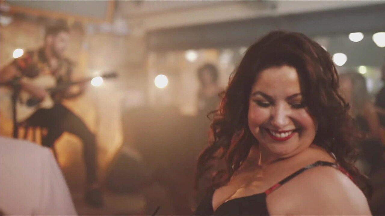 Música  Jenifer , de Gabriel Diniz, é forte candidata a hit do verão 2019 -  GloboNews - Estúdio i - Catálogo de Vídeos 930c8cf7b4