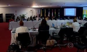 Atuação de mulheres na política é tema de um encontro em Brasília