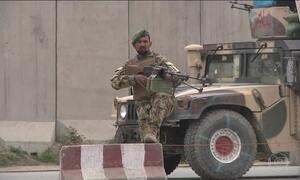Atentado suicida deixa 28 mortos e mais de 300 feridos no Afeganistão