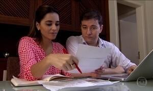 Pesquisa mostra que três em cada dez brasileiros não sabem o salário da esposa ou marido