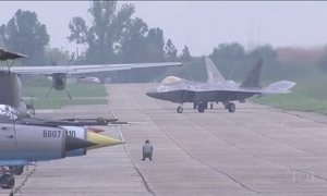 EUA mandam ao Leste Europeu aviões de combate de última geração