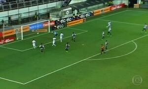 Botafogo e Santos avançam na Copa do Brasil