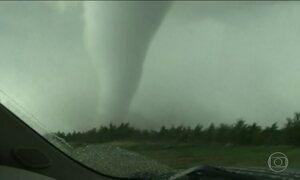 Estados Unidos são atingidos por pelo menos 26 tornados