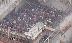 Rebelião deixa dois detentos mortos